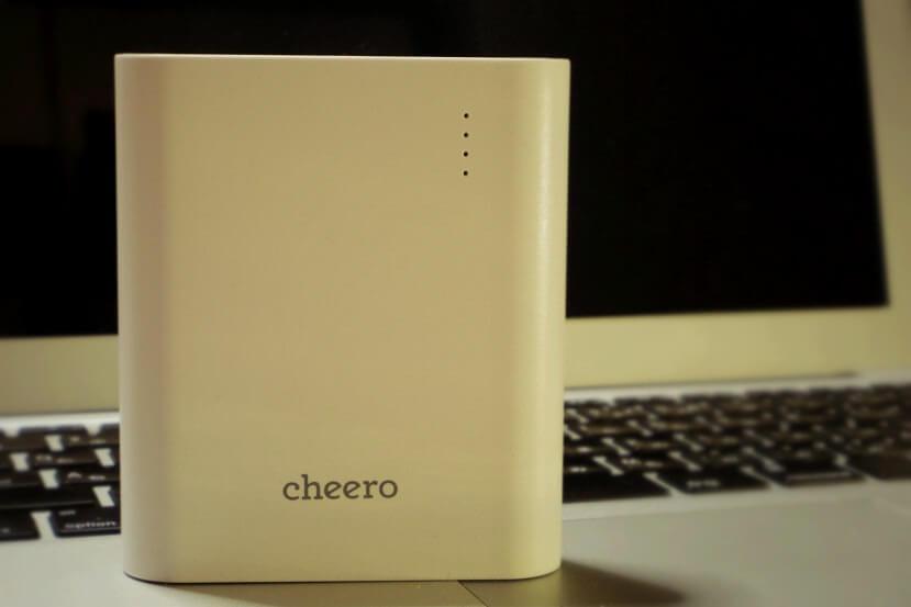 1台でiPhone 6が4回も!おすすめモバイルバッテリー「cheero Power Plus 3」が心強い味方だった