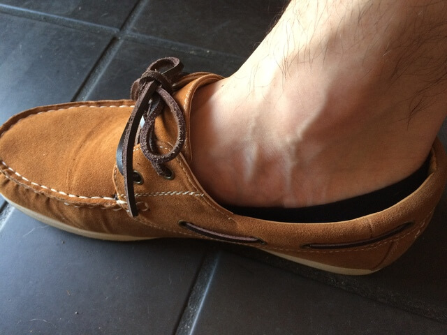 デッキシューズにぴったりな靴下といえばフットカバー