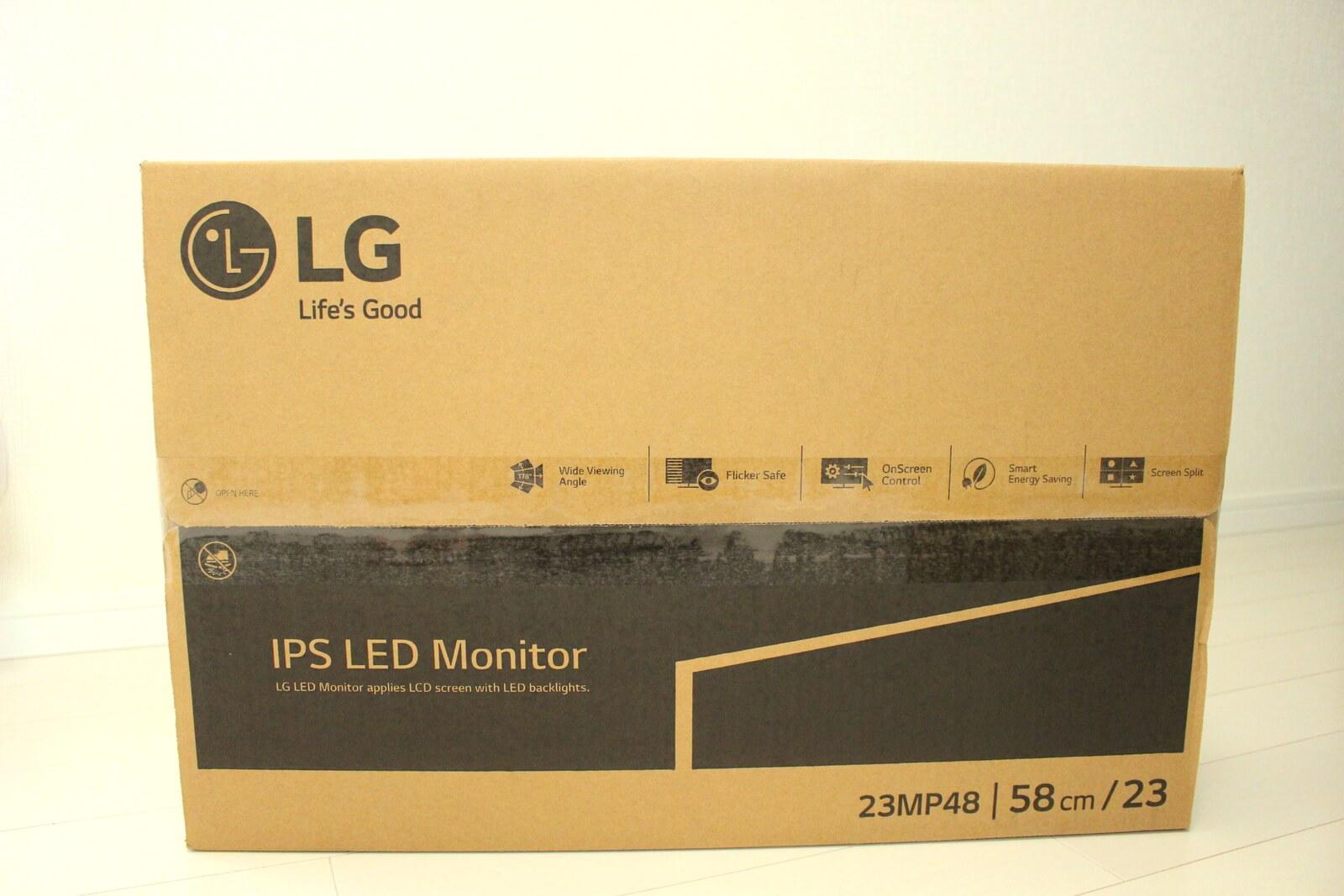 購入したLGの23インチモニター