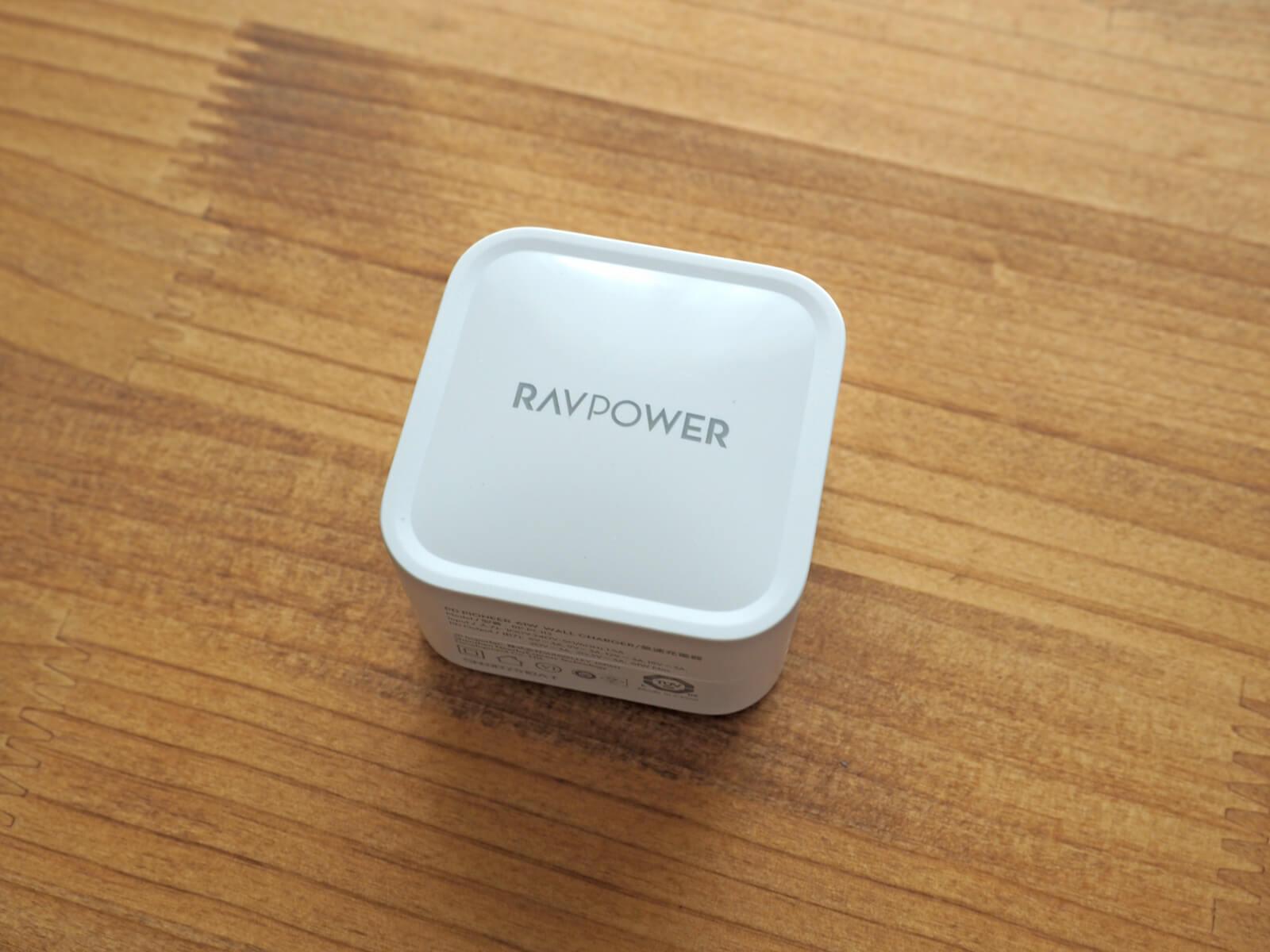 RAVPower RP-PC112充電器本体
